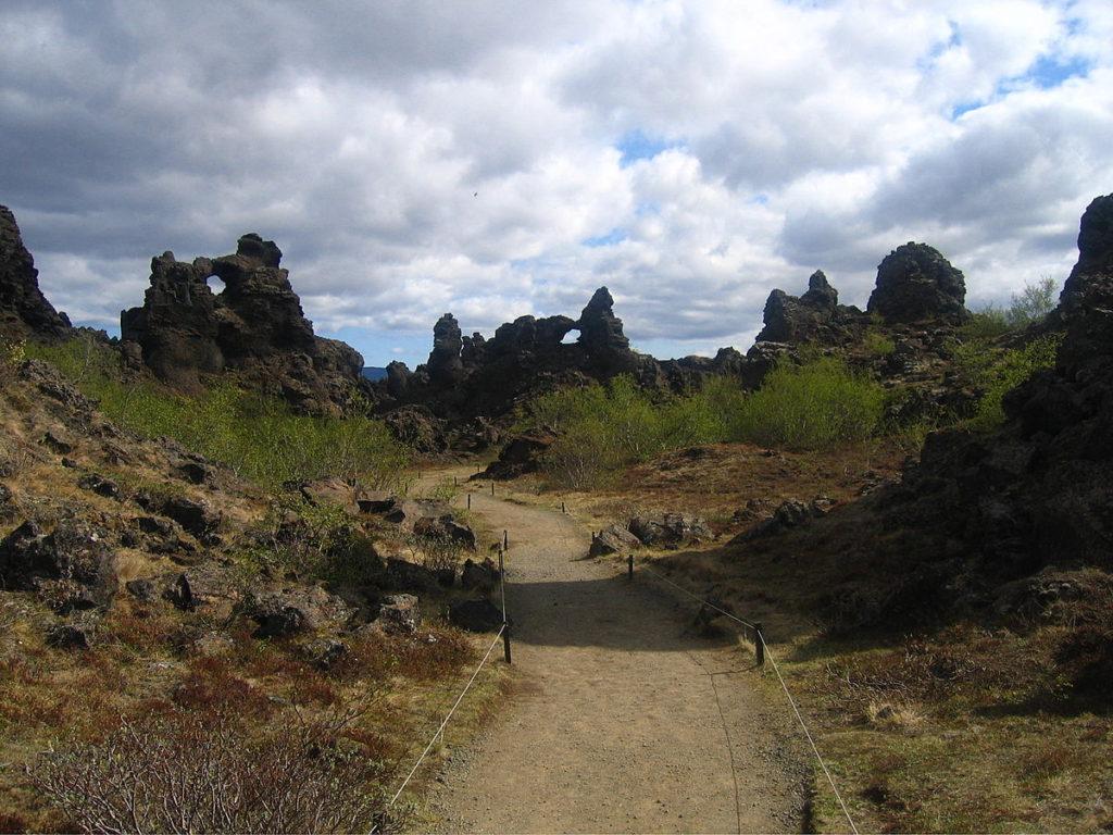 Island - Dimmuborgir - Tuffsteinformationen