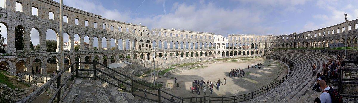 Kroatien - Pula - Amphitheater - Panorama