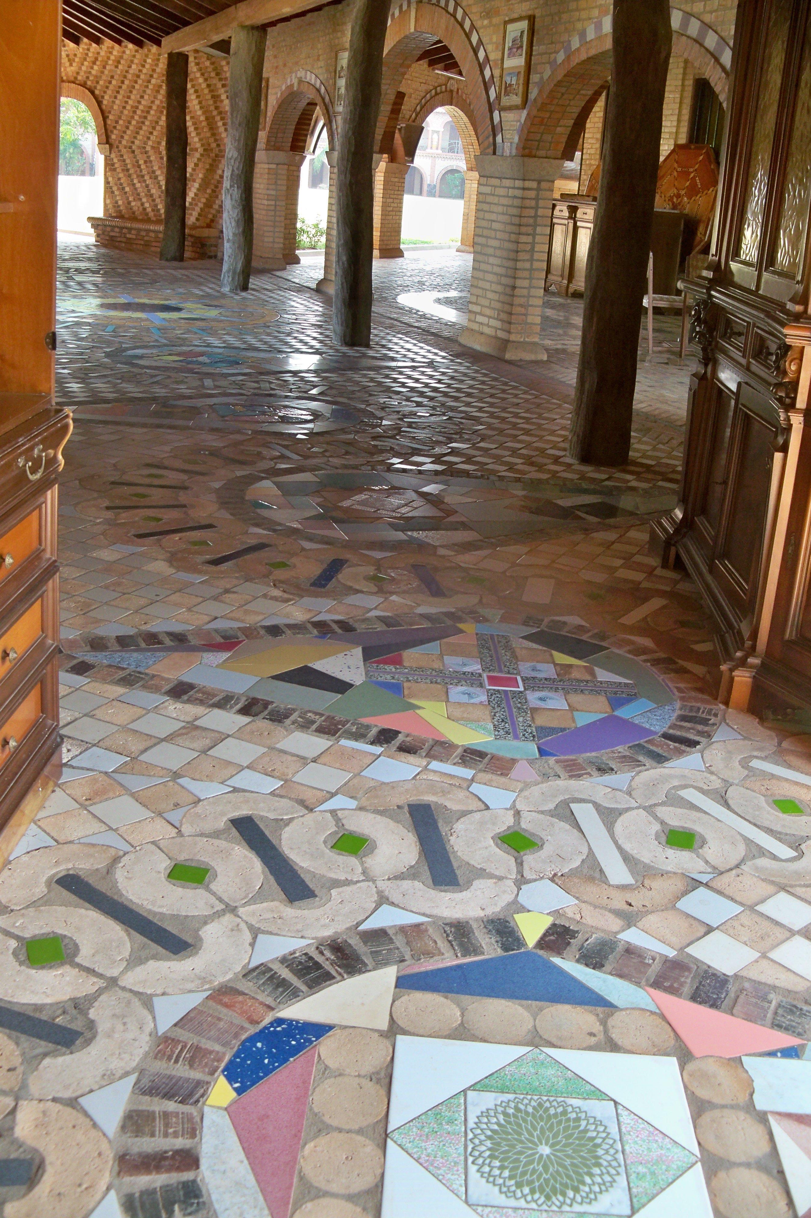 Paraguay Atyra Franziskaner Kloster Mosaike