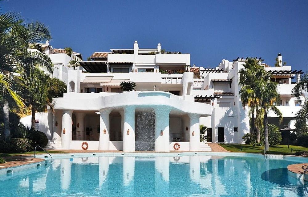 Penthouse-Benhavis-Finest-Marbella-property-PH-009-20-1.jpg
