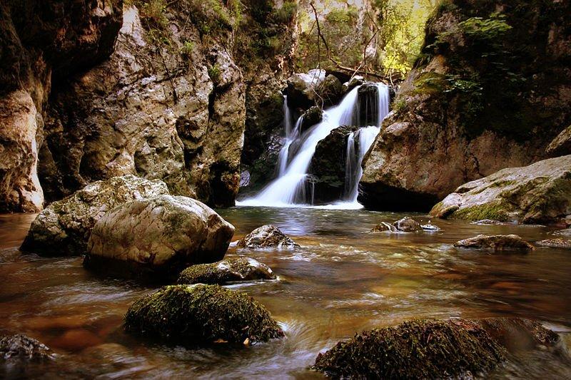 Sirinia Schluchten - Wasserfall