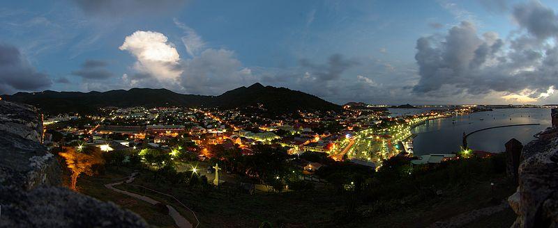 Saint Martin - Marigot am Abend