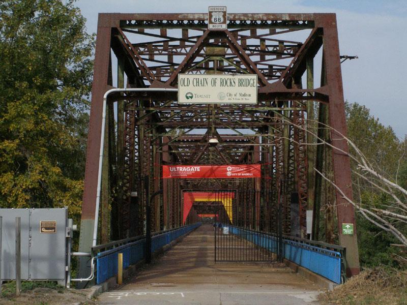 USA-Chain_of_Rocks_Bridge