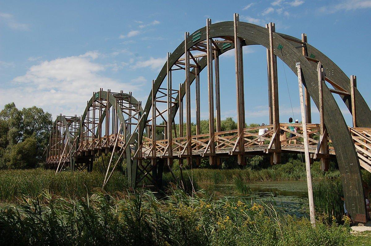 NP Balaton - Brücke zur Milanenburginsel