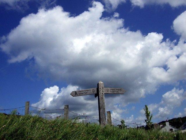 Wales Küstenweg bei Pwllgwaelod points