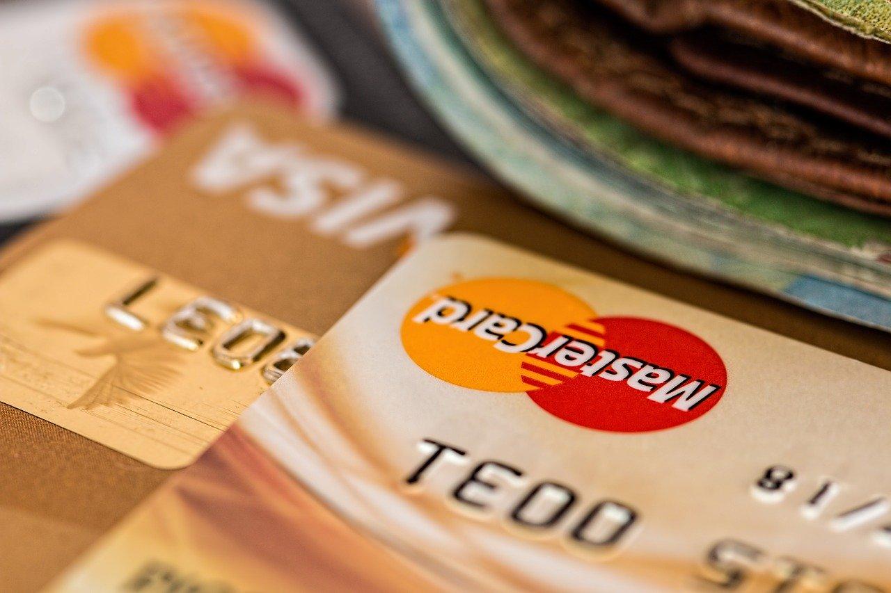 Kreditkarten mit Zusatz